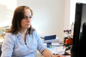 Ana Luzia Rossetti trabalha mesclando cautela e emoção no cargo de chefia   Foto: Cacá Junqueira