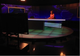 Bancada do telejornal SBT Brasil, com Raquel Sheherazade  Foto: Thiago Montero