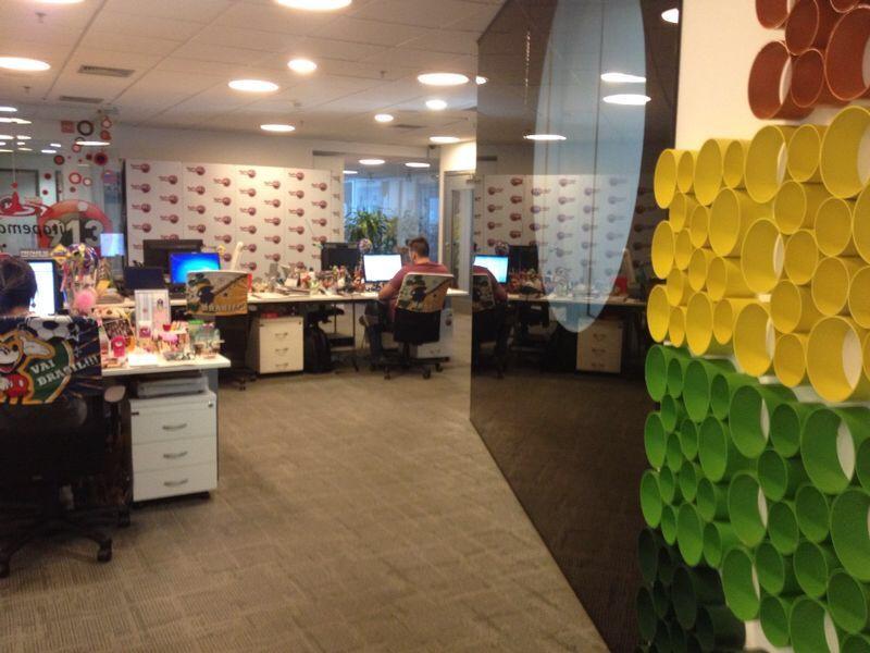 Escritório da Rádio Disney em São Paulo – ambiente informal e divertido. Foto: Mariana Campanella