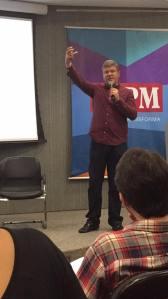 Jornalista Celso Teixeira em palestra na ESPM - Foto: Camila Toniolo