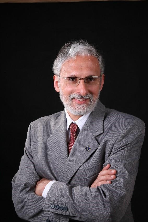 O professor da ESPM-SP e coordenador da Incubadora de Negócios, José Balian Foto: Acervo Pessoal